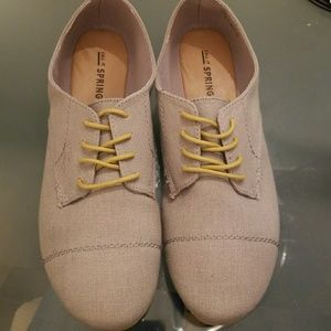 Call It Spring linen canvas shoes